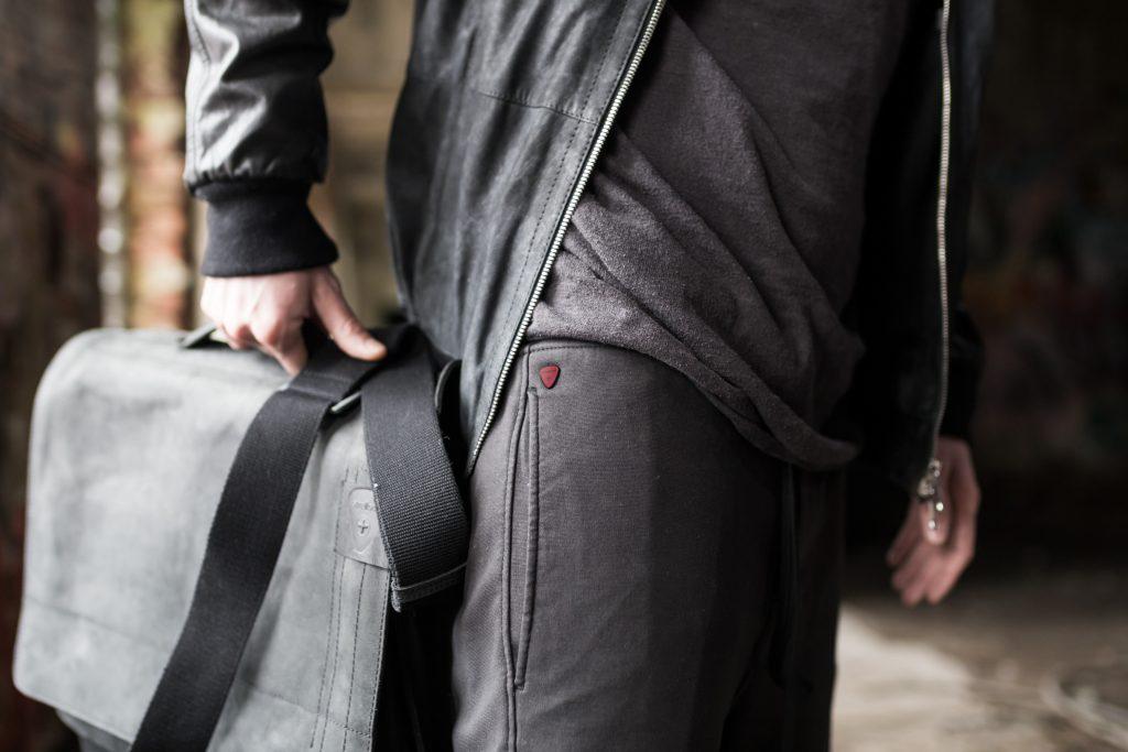 strellson-leather-bag-black