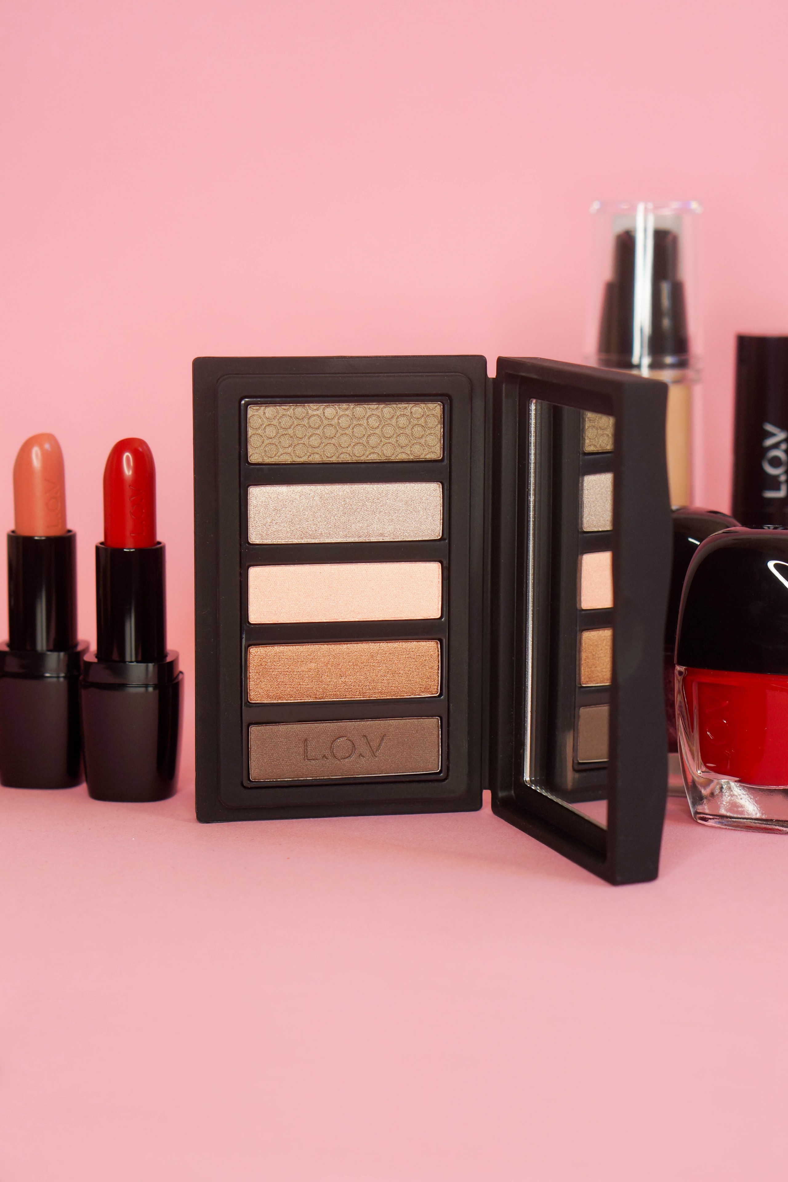 lov-cosmetics-eyeshadow-palette
